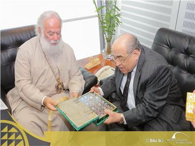 خلال لقاء دكتور مصطفى الفقي وبطريرك الروم الأرثوذكس: