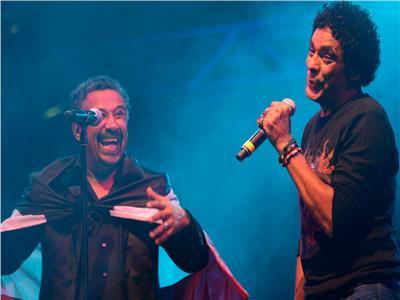 محمد منير والشاب خالد يتغنيات بأغاني الراي الجزائري
