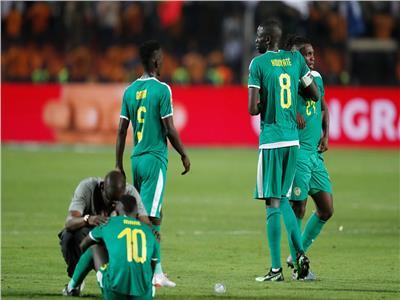 ماني يبكي بعد ضياع الحلم الإفريقي