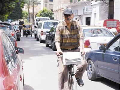 أحمد حسين - بائع الجرائد