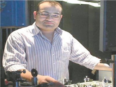الباحث محمود ثروت
