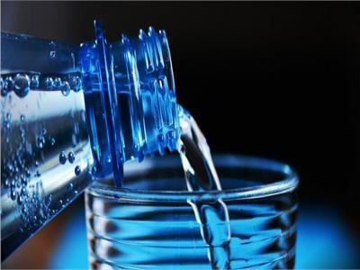 أيهما أكثر أمانا للاطفال .. مياه الحنفيه أم المياه المعدنية للأطفال