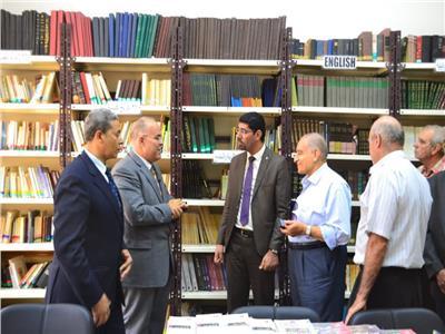 «البطريركية المرقسية» تتسلم إهداءات وزارة الثقافة على رأسها «وصف مصر»