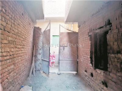 مدخل منزل الإرهابي منفذ الحادث