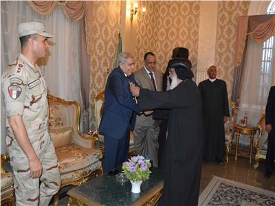 محافظ المنيا يستقبل المهنئين بعيد الأضحى المبارك