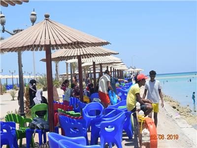 إقبال كبير على شواطئ الغردقة فى ثان أيام عيد الأضحى المبارك