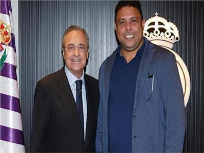 رونالدو ورئيس ريال مدريد فلورنتينو بيريز