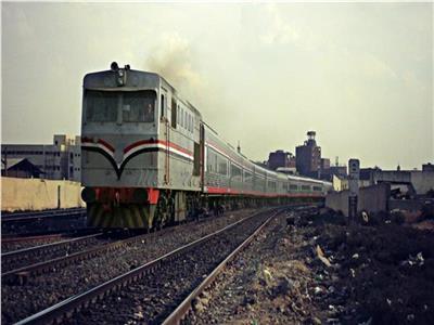 """""""السكة الحديد"""" تعلن تأخيرات قطارات ثالث أيام العيد.. وتعتذر"""