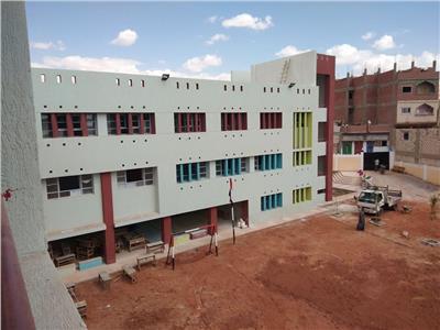 إنشاء 150 مدرسة جديدة بتكلفة 705 مليون جنيه لإضافة 2230 فصل دراسي في أسيوط