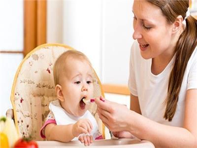 الحكومة اليابانية تشجع العاملين على الحصول على اجازة رعاية طفل