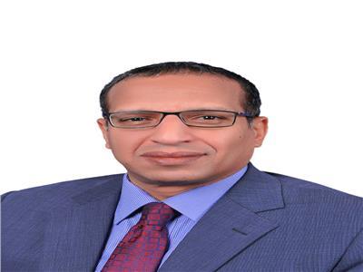 الدكتور بدوى شحات رئيس جامعة الأقصر