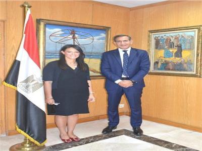 وزيرة السياحة تلتقي رئيس شركة ماستر كارد العالمية