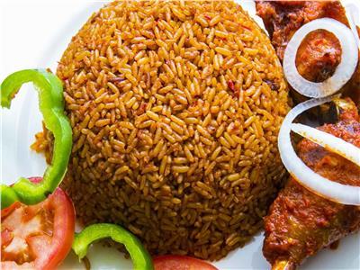 غانا تفوز على نيجيريا بلقب أفضل بلد يصنع طبق أرز الجولوف