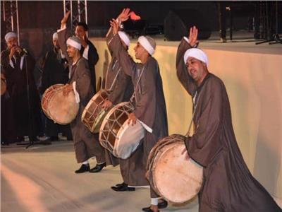فرقة سوهاج للفنون الشعبية خلال حفل الختام