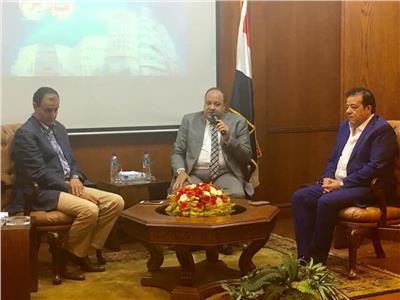 أحمد جلال مدير عام مؤسسة أخبار اليوم مع الكاتب الصحفي محمد البهنساوي رئيس تحرير بوابة أخبار اليوم