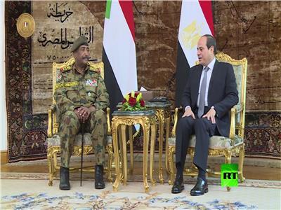 الرئيس السيسي مع رئيس المجلس العسكري السوداني