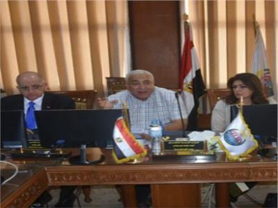 انعقاد مجلس عمداء جامعة مدينة السادات لبحث جدول أعماله