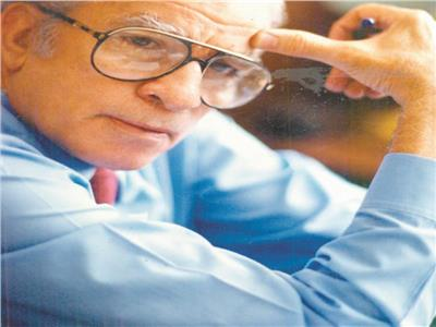 الكاتب الكبير أحمد رجب