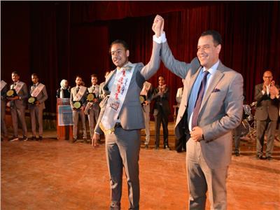 رئيس اتحاد طلاب جامعة أسيوط يحصد مركزين متقدمين فى مسابقة الطالب المثالي بإعداد القادة
