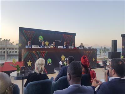 توقيع عقد استضافة حفل أحسن لاعب في أفريقيا بالغردقة