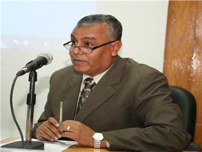 يوسف غرباوى رئيس الجامعة