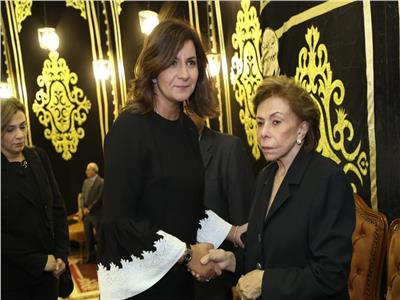 كبار رجال الدولة يشاركون عزاء زوج السفيرة ميرفت التلاوي