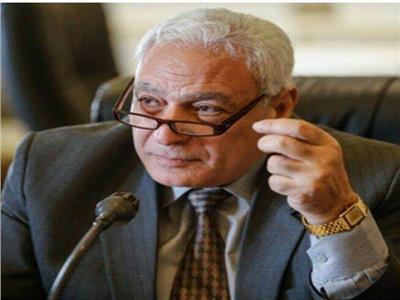 الدكتور أسامة العبد