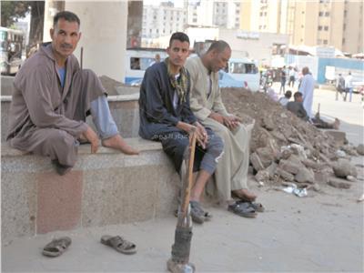 عمال التراحيل يدعمون الاستقرار