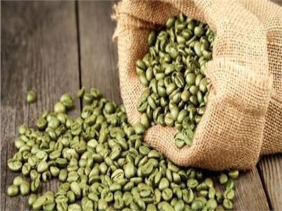 «ثلاثة في واحد».. فوائد القهوة الخضراء للشعر والبشرة والريجيم