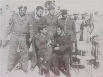 صورة تجمع العريفين «جمال الريس»، و«محمود الدالى» من أبطال حرب أكتوبر
