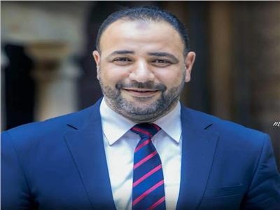 أيمن أبو عمر، مدير عام الإرشاد الديني بوزارة الأوقاف