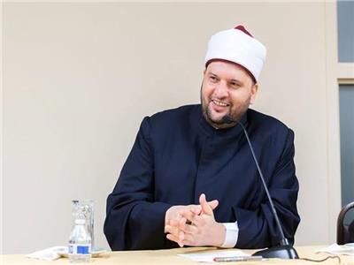 الدكتور إبراهيم نجم - الأمين العام لدور وهيئات الإفتاء
