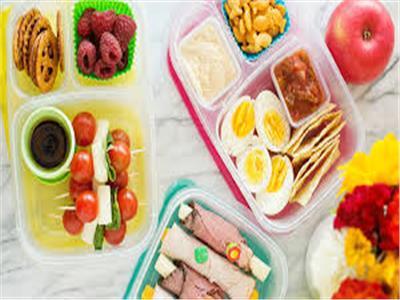 احذري وضع هذه الأكلات في «لانش بوكس»المدرسة