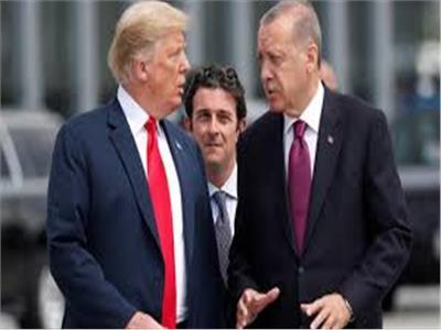 ترامب يهدد بتدمير اقتصاد تركيا