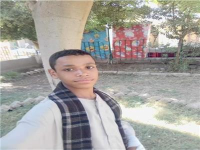 الطالب محمد دهب
