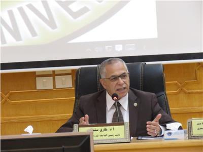 الدكتور طارق سلمان