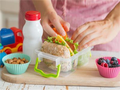 فيديو| 6 أكلات صحية في «لانش بوكس» المدرسة