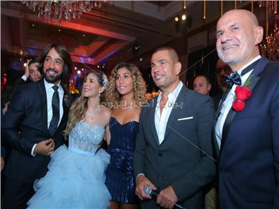 عمرو دياب وينا الشربيني وملك قورة والبحيري خلال الحفل