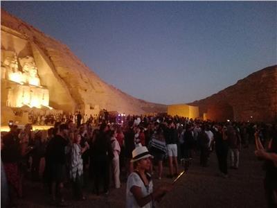 نحو 4500 سائح أجنبى وزائر مصرى