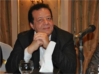 الدكتور عاطف عبد اللطيف رئيس جمعية مسافرون للسياحة