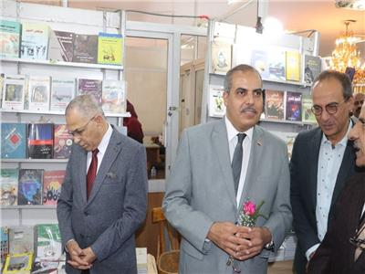 رئيس جامعة الأزهر يفتتح معرضا بالتعاون مع الهيئة المصرية العامة للكتاب