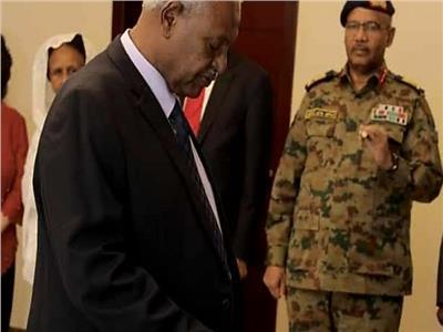 النائب العام السوداني تاج السر علي الحبر خلال أدئه اليمين الدستورية