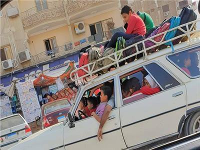 سيارة نقل تلاميذ