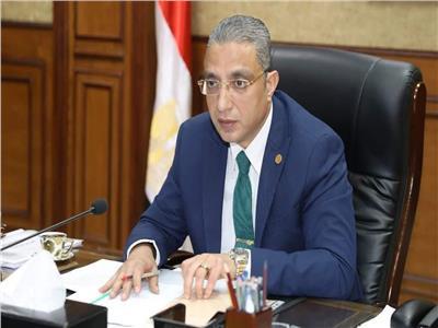 الدكتور احمد الانصاري محافظ سوهاج