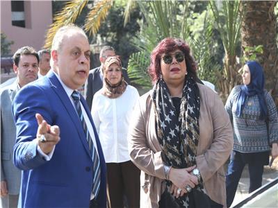 الدكتورة ايناس عبد الدايم وزير الثقافة والدكتور اشرف زكي رئيس الاكاديمية