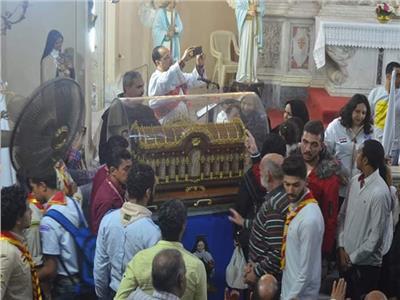 كنيسة المسيح الملك بالمنصورة تستقبل رفات القديسة تريزا.