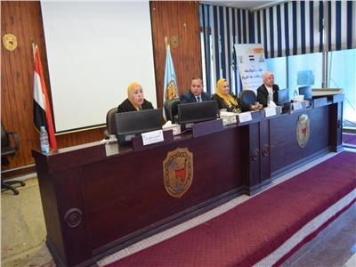 جامعة سوهاج تسضيف المجلس القومي للمراة في ندوة توعوية للقضاء على ختان الإناث