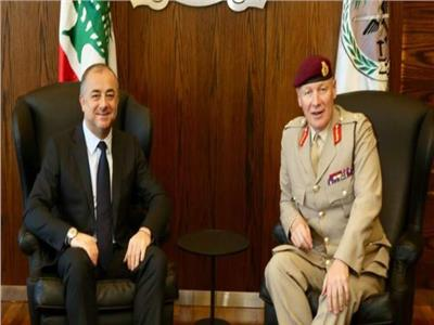 وزير الدفاع اللبناني إلياس بو صعب، يستقبل الجنرال لوريمر