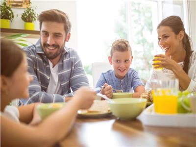 دور الأسرة فى التغذية السليمة للأطفال