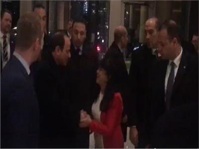 لحظة وصول الرئيس مقر إقامته في لندن